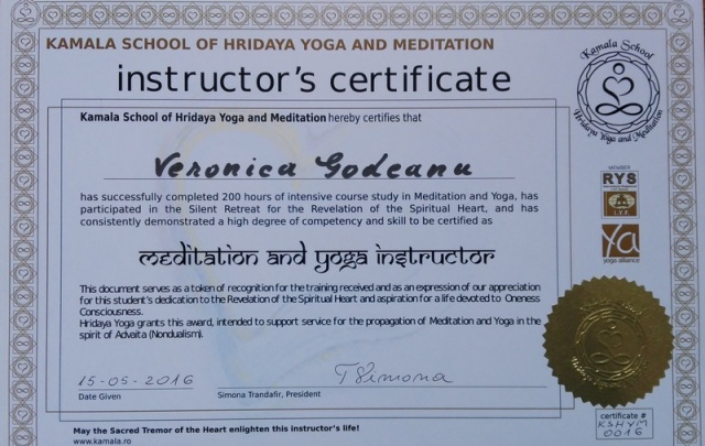 diploma-yoga-mic